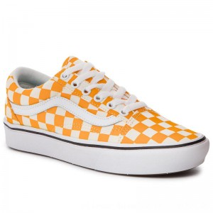 Vans Turnschuhe Comfycush Old Sko VN0A3WMAVNC1 (Checker) Zinnia/True Wht [Outlet]